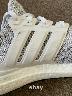 Adidas Ultra Boost 4.0 Cloud White Non Dyed Men's Size 9.5 Pre-Owned With Box