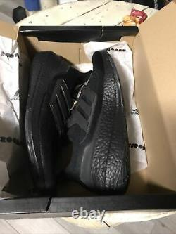 Adidas Ultra Boost 21 Taille Homme 12 Noir 180 $